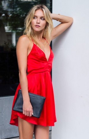 silky-red-dress-n1