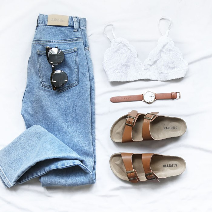 jeans-&-sunday-morning-bralette
