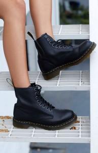 dr.-martens-1460-boot-black-noir-nappa