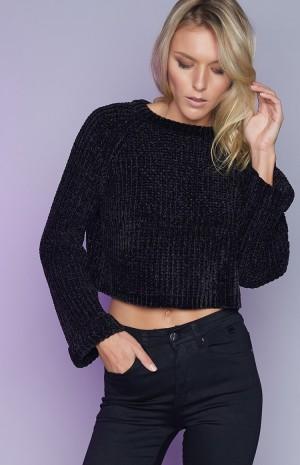 black-crop-knit-194