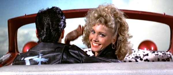 john-travolta-and-olivia-newton-john-in-grease_100400608_l