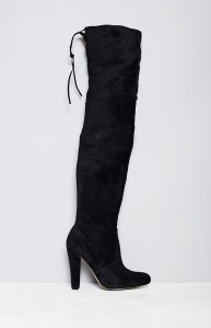 lipstik-skarlet-boots-1