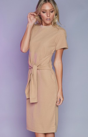nude-tie-front-dress-61