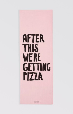 pizza-yoga-mat-1