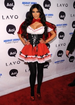 kim-kardashian-attends-heidi-klums-2010-halloween-party-at-lavo-on-october-31-2010-in-new-york-city
