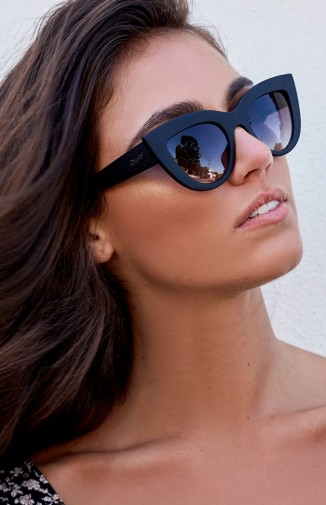 black-gradient-lens-sunnies