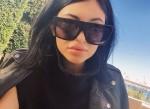 pdbgw6-l-610×610-sunglasses-kylie+jenner-black+sunglasses-eyewear-kardashians-matte+black-matte