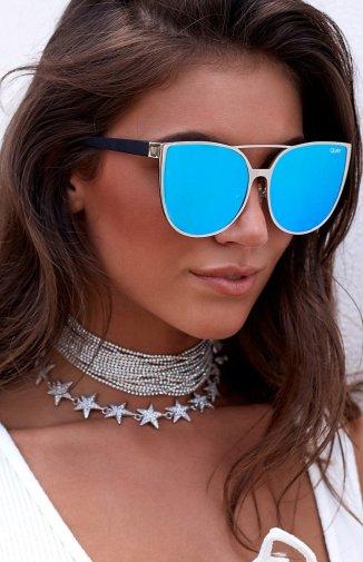 https://beginningboutique.com.au/quay-sorority-princess-silver-and-blue