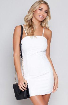 https://beginningboutique.com.au/elena-dress-white