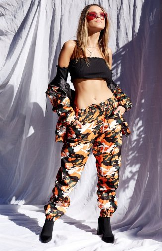 https://www.beginningboutique.com.au/products/i-am-gia-daytona-pant-orange-camo