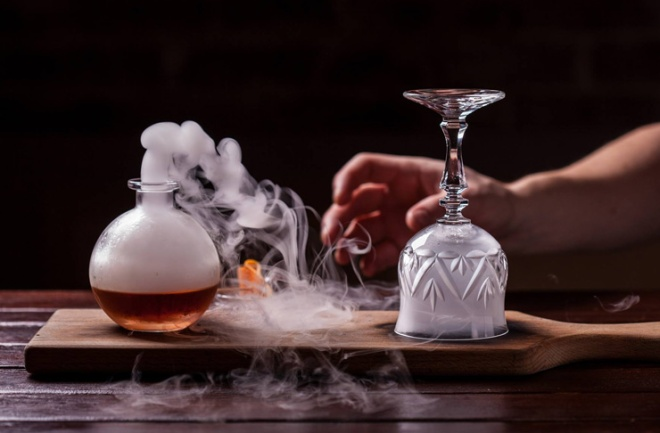 eau-de-vie-cocktail-bar-sydney.jpg