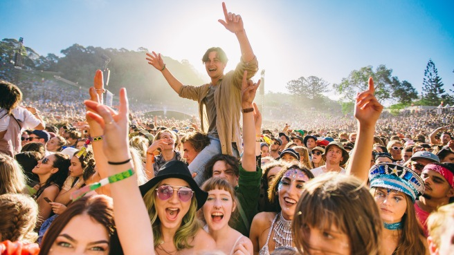 splendour-2017-crowd-photo-supplied-credit-Bianca-Holderness