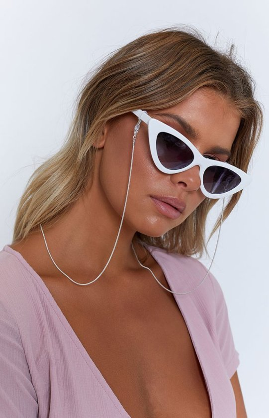 web-MONDAY-sunglasses-chain-115_660x1024_crop_bottom.jpg