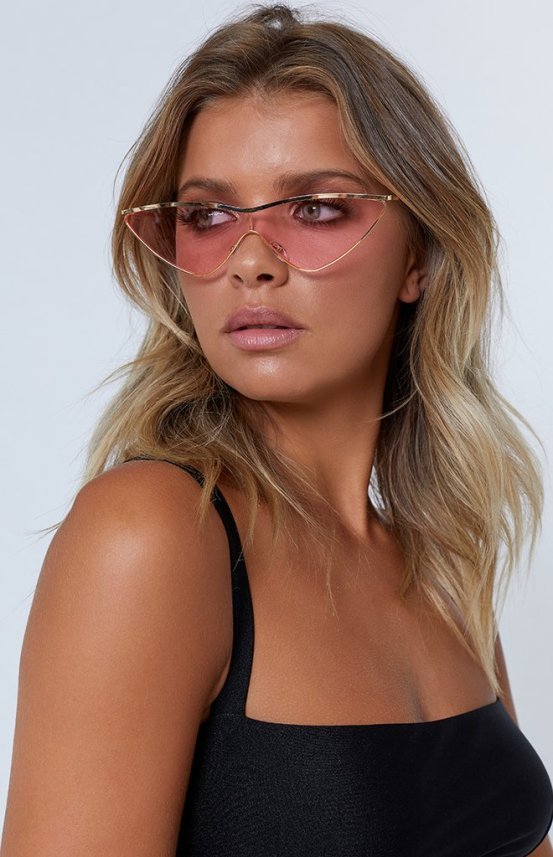 web-ready-pink-sunglasses-207_660x1024_crop_bottom.jpg
